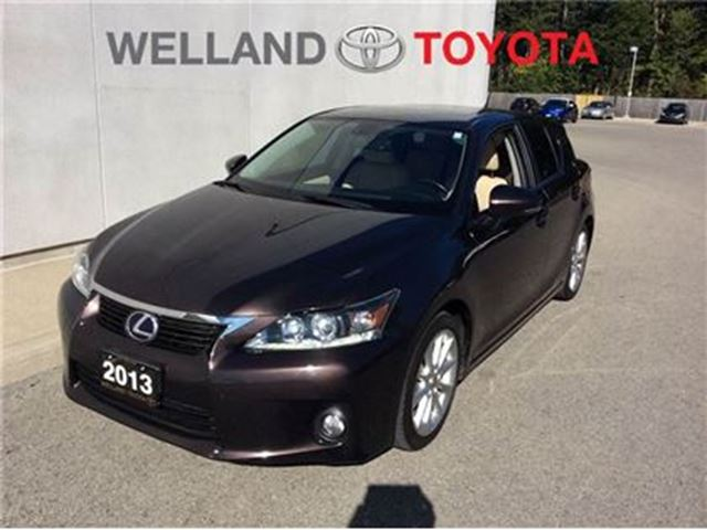 2013 LEXUS CT 200H Premium pkg. in Welland, Ontario