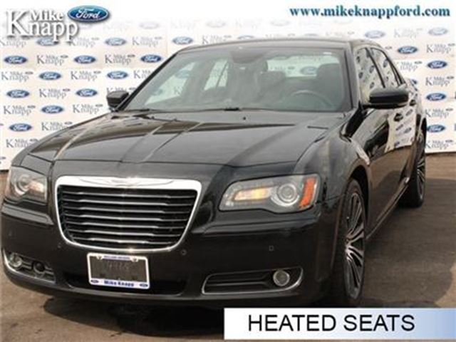 2013 CHRYSLER 300 S - Leather Seats -  Bluetooth -  Heated Seats in Welland, Ontario