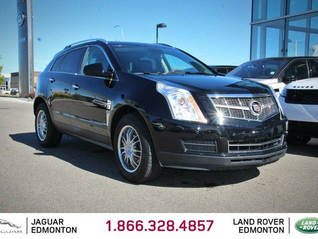 2010 CADILLAC SRX Luxury - Local Edmonton Trade In | EX-USA | No Accidents | 18 Inch Chrome Wheels | Heated Front Seats | Leather Interior | BOSE Audio | Bluetooth | Power Liftgate | Parking Sensors | Dual Zone Climate Control with AC | Panoramic Sunroof | All Power O in Edmonton, Alberta