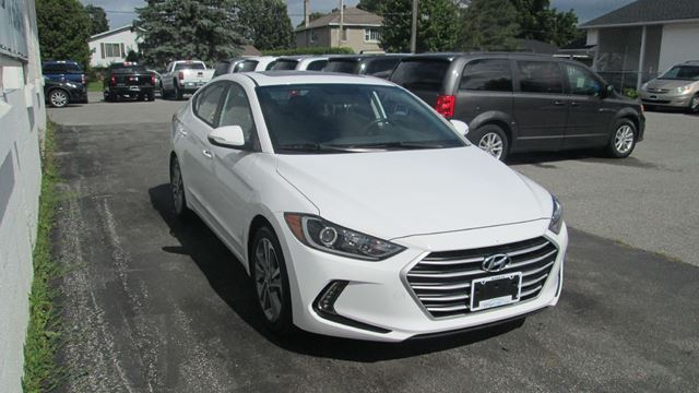 2017 HYUNDAI ELANTRA GLS in Kingston, Ontario