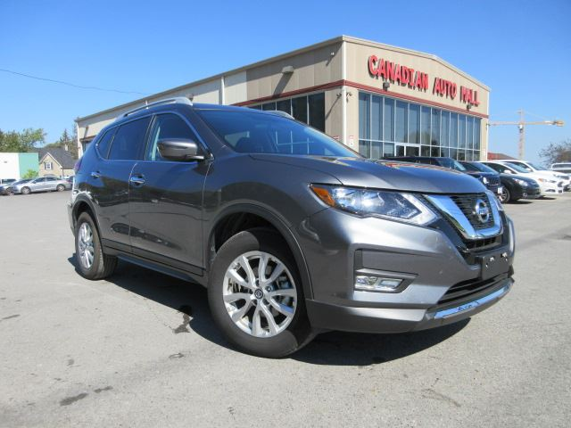 2017 NISSAN Rogue SV AWD, ROOF, LOADED, 15K! in Stittsville, Ontario