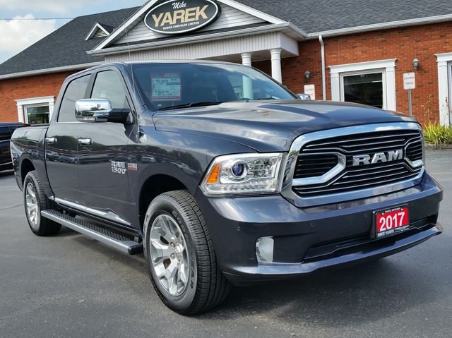 2017 Dodge RAM 1500 Limited 4x4, RAMBOX, Leather Heated/Vented, Remote Start, Sunroof, Air Suspension in Paris, Ontario