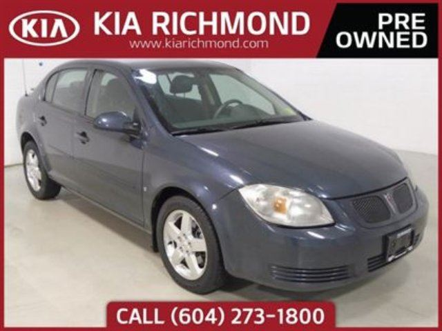 2009 PONTIAC G5 Very Fuel Efficient Automatic A/C Power Wind in Richmond, British Columbia