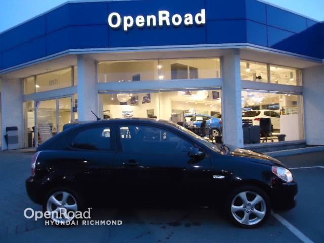 2007 HYUNDAI ACCENT GS- LOW KM in Richmond, British Columbia