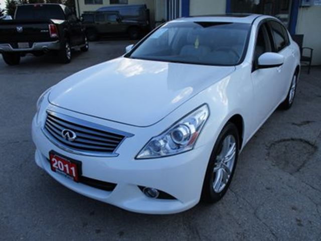 2011 INFINITI G37 x LOADED ALL-WHEEL DRIVE 5 PASSENGER 3.7L - V6..  in Bradford, Ontario