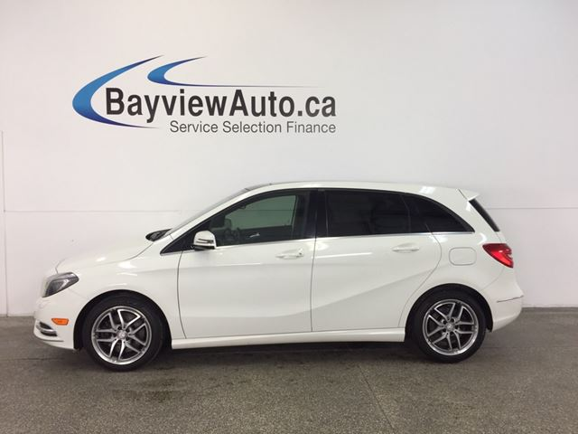 2013 MERCEDES-BENZ B-CLASS - PANOROOF! HTD LEATHER! BLUETOOTH! in Belleville, Ontario