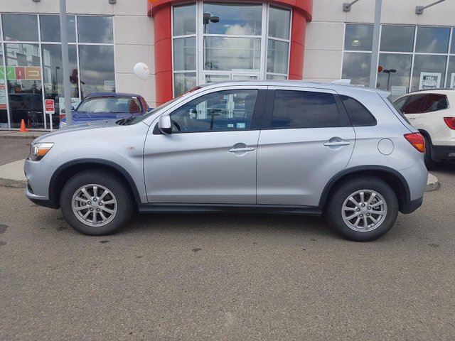 2017 MITSUBISHI RVR SE 4dr AWC - Bluetooth + AUX/ USB, Heated Int! in Red Deer, Alberta