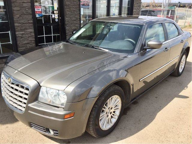 2008 CHRYSLER 300 Touring NICE SHAPE! in Edmonton, Alberta