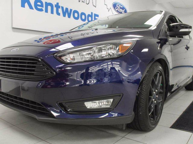 2016 FORD FOCUS SE heated seats and steering wheel with back up cam in Edmonton, Alberta