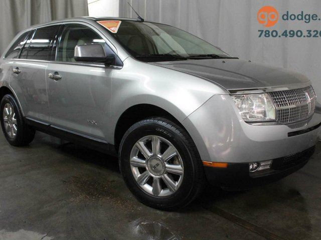 2007 LINCOLN MKX AWD / Sunroof / Heated Front Seats in Edmonton, Alberta