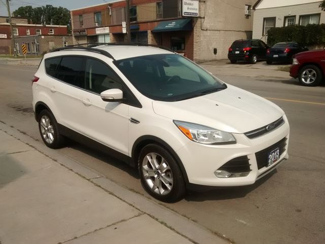 2013 FORD Escape SEL in Hamilton, Ontario