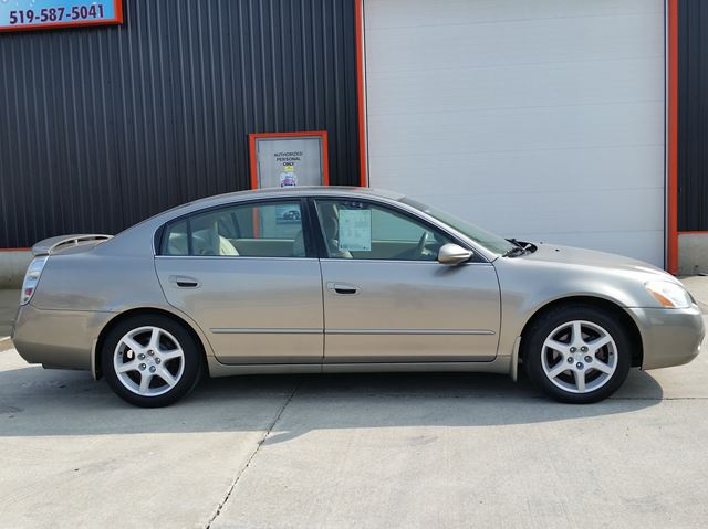 2002 NISSAN ALTIMA SE in Jarvis, Ontario