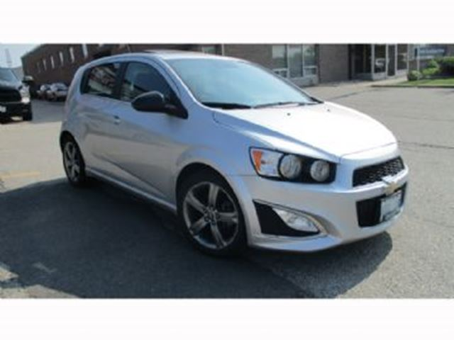 2015 CHEVROLET SONIC 5dr HB RS Man in Mississauga, Ontario