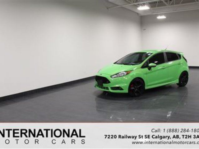 2015 FORD FIESTA ST TURBO! BLOWOUT PRICING!! in Calgary, Alberta