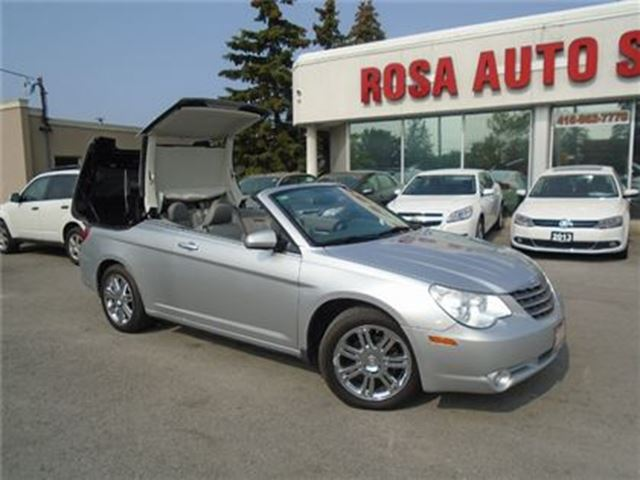 2008 CHRYSLER SEBRING 2dr hard top Conv Limited FWD leather NAVIGATION in Oakville, Ontario
