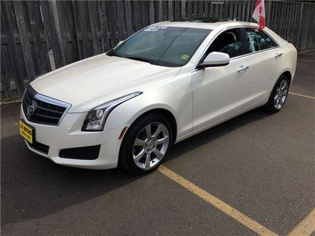 2014 CADILLAC ATS Automatic, Sunroof, AWD, Only 55, 000km in Burlington, Ontario