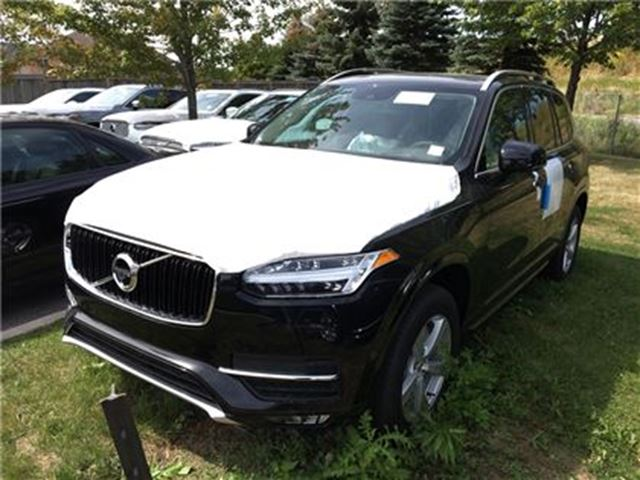 2018 VOLVO XC90 T5 AWD Momentum in Mississauga, Ontario