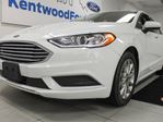 2017 Ford Fusion SE, sunroof, powered seats, back up cam and keyless entry in Edmonton, Alberta
