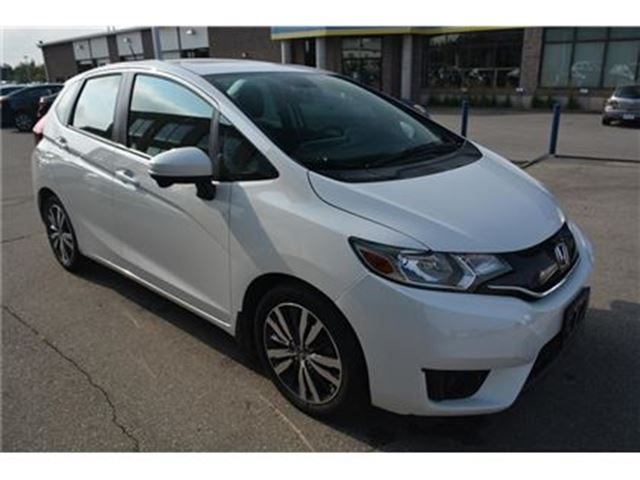 2015 HONDA FIT LX/HEATED SEATS/SUNROOF/CAMERA/ALLOY RIMS in Milton, Ontario