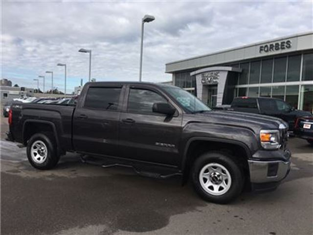 2015 GMC SIERRA 1500 Base \ v6 \ CREW CAB \ TRAILERING PACKAGE \ in Waterloo, Ontario