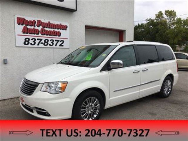 2011 CHRYSLER TOWN AND COUNTRY Limited in Winnipeg, Manitoba