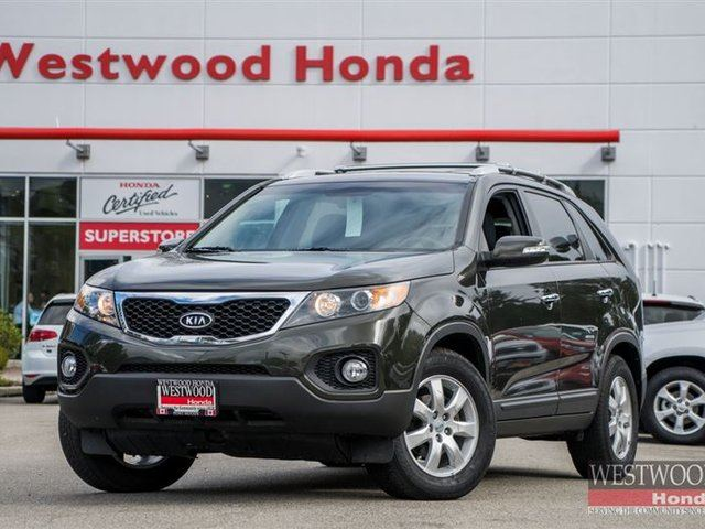 2012 KIA SORENTO LX V6 FWD (A6) in Port Moody, British Columbia