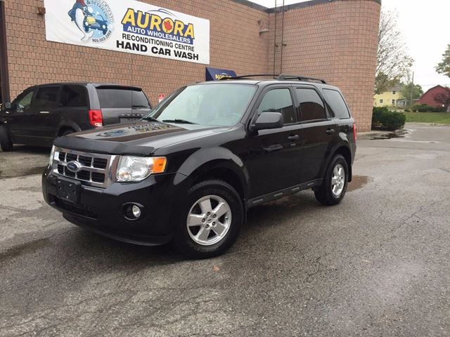 2009 Ford Escape XLT - 3.0L V6 - 4WD - POWER SUNROOF - COMING SO in Aurora, Ontario