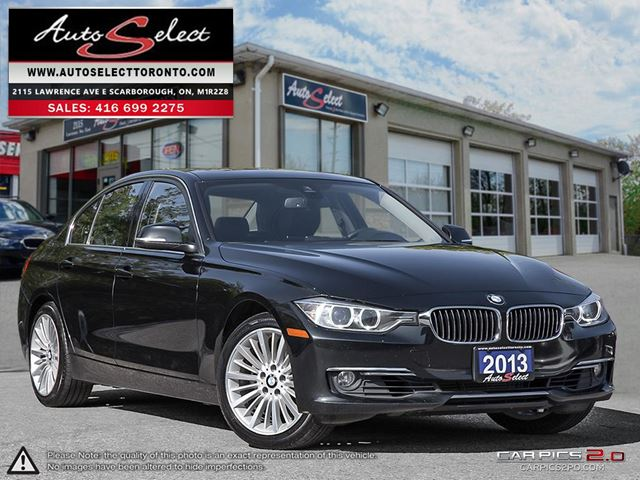 2013 BMW 3 SERIES 328 i xDrive AWD ONLY 101K! **NAVIGATION PKG** CLEAN CARPROOF in Scarborough, Ontario