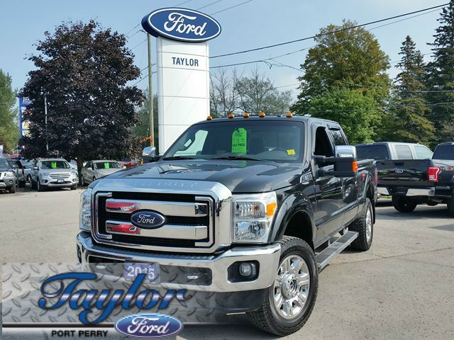 2015 Ford F-350  Lariat *LEATHER* *SUNROOF* in Port Perry, Ontario
