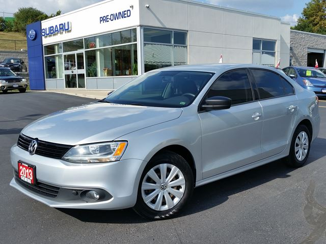2013 VOLKSWAGEN JETTA Trendline 5spd in Kitchener, Ontario
