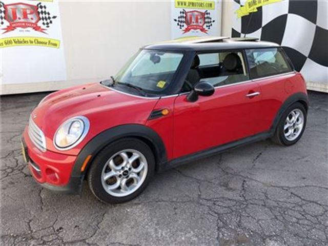 2013 MINI COOPER Cooper, Manual, Leather, Panoramic Sunroof in Burlington, Ontario