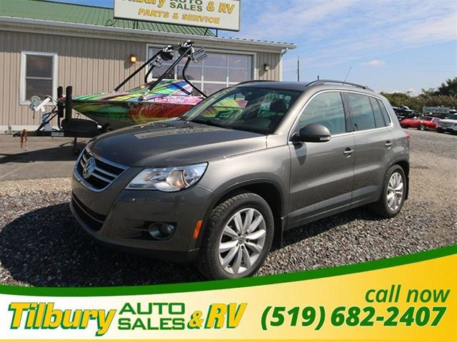 2011 VOLKSWAGEN TIGUAN 2.0 TSI Highline. MOON ROOF. TOUCH SCREEN. in Tilbury, Ontario