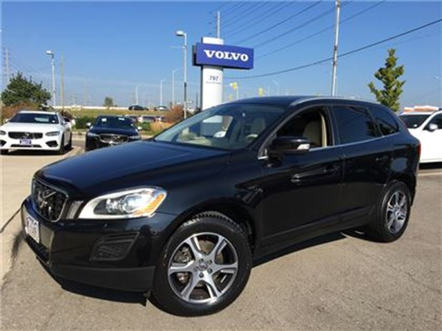 2013 VOLVO XC60 T6 AWD A Premier Plus LEASE RETURN, DEALER SERVICE in Mississauga, Ontario
