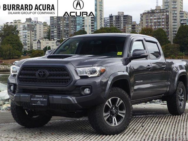 2016 TOYOTA TACOMA 4x4 Double Cab V6 Limited 6A in Vancouver, British Columbia