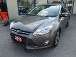 2013 Ford Focus LOADED SE MODEL 5 PASSENGER 2.0L - DOHC.. LEATH in Bradford, Ontario