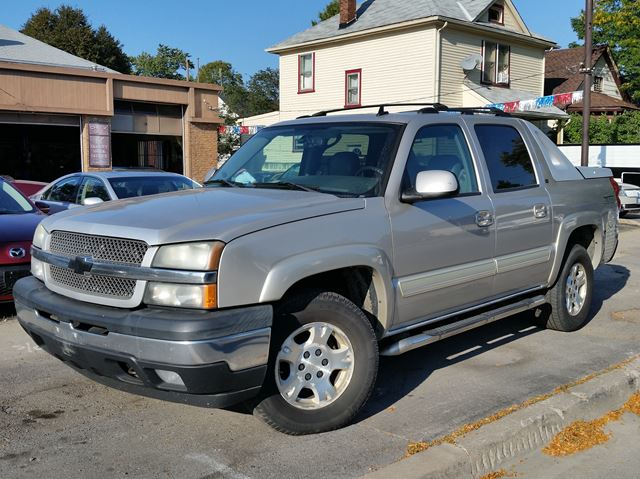 2006 CHEVROLET AVALANCHE LT 4x4 in St Catharines, Ontario