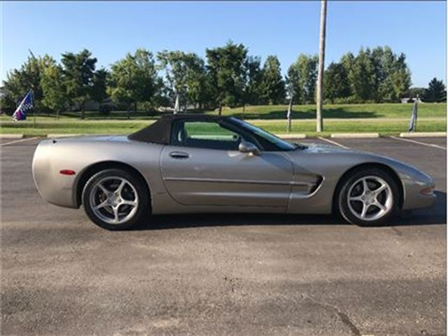 2000 CHEVROLET CORVETTE Base in St George Brant, Ontario
