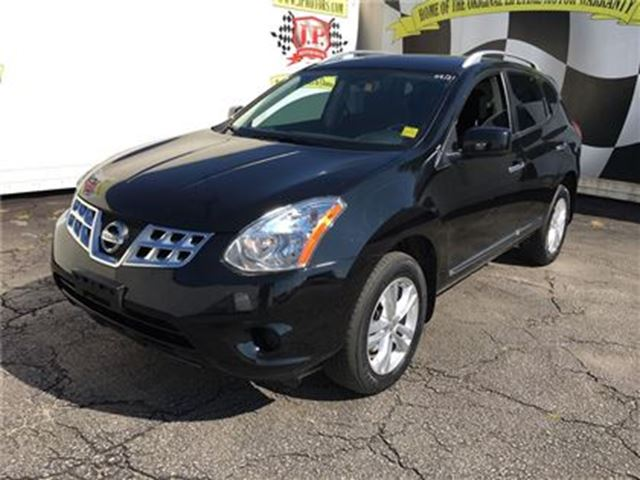 2013 NISSAN ROGUE SV in Burlington, Ontario