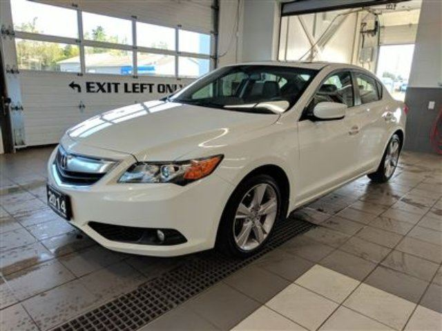 2014 Acura ILX Premium Pkg - One owner - No accidents - Leather in Thunder Bay, Ontario