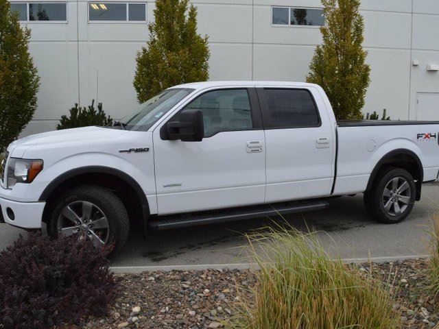2011 FORD F-150 FX4 4x4 SuperCrew Cab 6.5 ft. box 157 in. WB in Kamloops, British Columbia