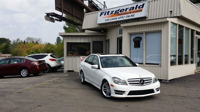2013 MERCEDES-BENZ C-CLASS C 300 4MATIC - LEATHER! SUNROOF! in Kitchener, Ontario