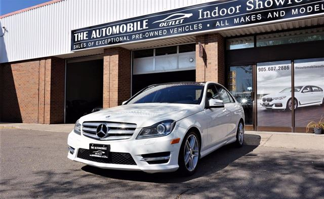 2012 MERCEDES-BENZ C-CLASS C-CLASS 4 MATIC NAVI BACK-UP PANO ROOF NO ACCID in Mississauga, Ontario