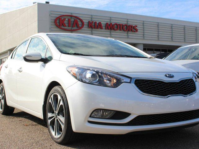 2015 KIA FORTE 2.0L EX, SUNROOF, HEATED SEATS, BACKUP CAM, CRUISE CONTROL, BLUETOOTH, AUX / USB in Edmonton, Alberta