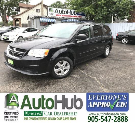 2011 DODGE GRAND CARAVAN SXT-FULL STOW AND GO in Hamilton, Ontario