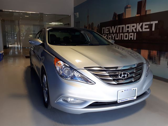 2013 Hyundai Sonata Limited All-In Pricing $134 b/w +HST in Newmarket, Ontario