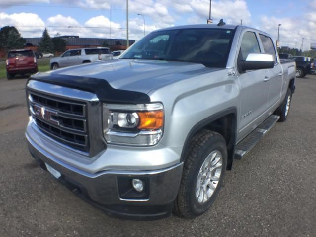 2015 GMC SIERRA 1500 SLE in Thunder Bay, Ontario