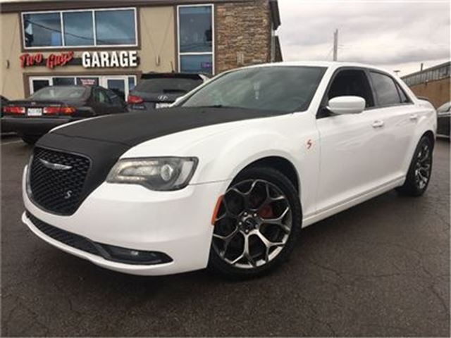 2015 CHRYSLER 300 S LEATHERETTE BACK UP CAMERA in St Catharines, Ontario