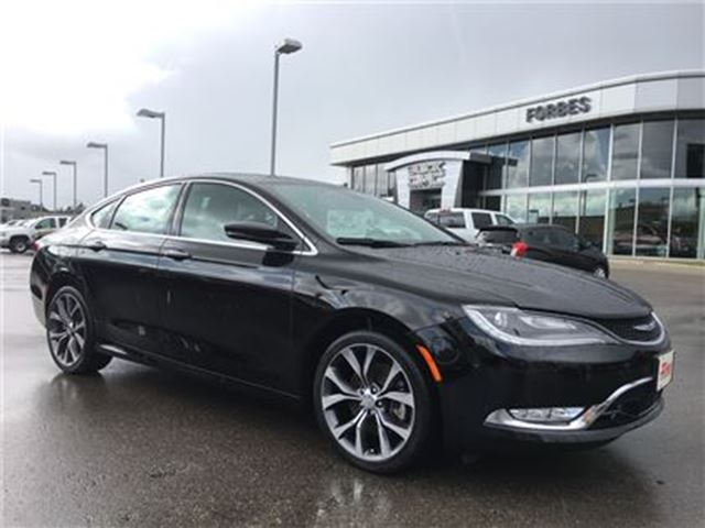 2015 CHRYSLER 200 C \ ALL WHEEL DRIVE \ NAV \ SUNROOF \ in Waterloo, Ontario