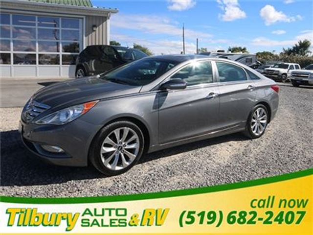 2011 HYUNDAI SONATA 2.0T Limited **WEEKLY PAYMENTS AS LOW AS $53** in Tilbury, Ontario