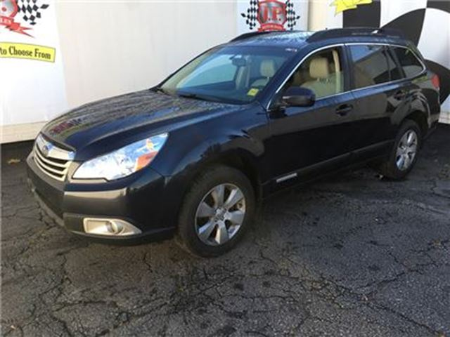 2012 SUBARU OUTBACK 2.5i w/Limited & Nav Pkg in Burlington, Ontario